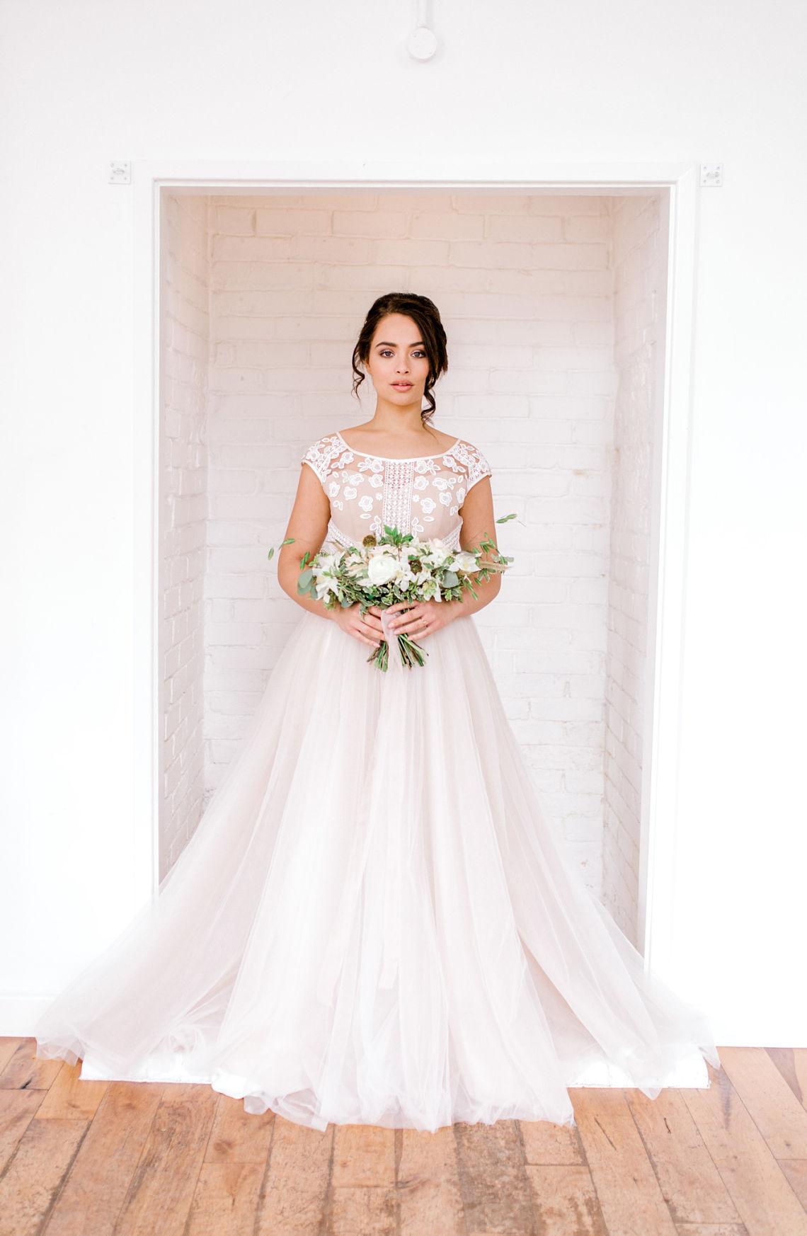 Bride-bouquet-Old-Parish-Rooms-Essex-wedding-planner