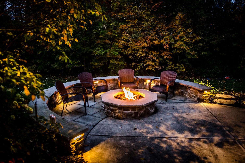 Kim-firepit-patio-lighting_web_030118.jpg