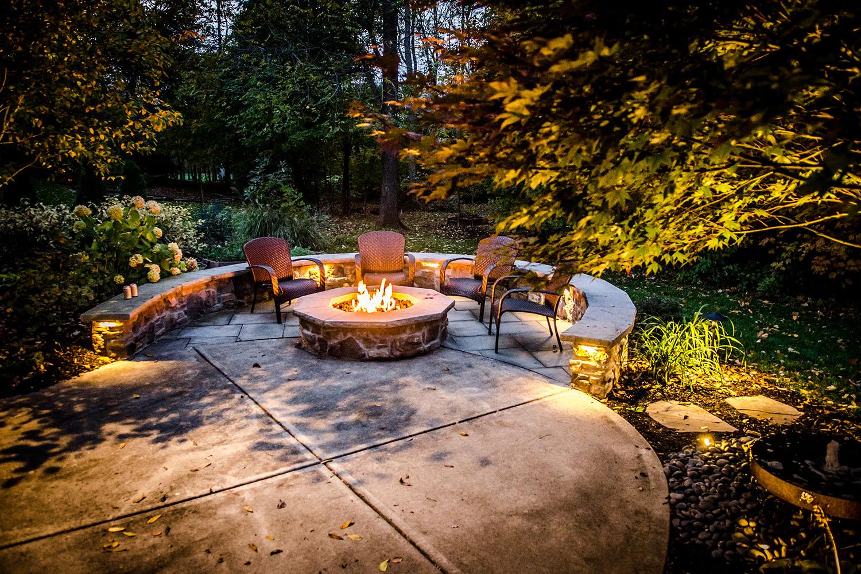 Kim-patio-lighting-seatwall_web_030118.jpg