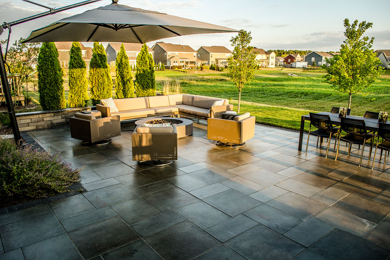 Kostaroff-patio-outdoor-living-2_web_030118.jpg