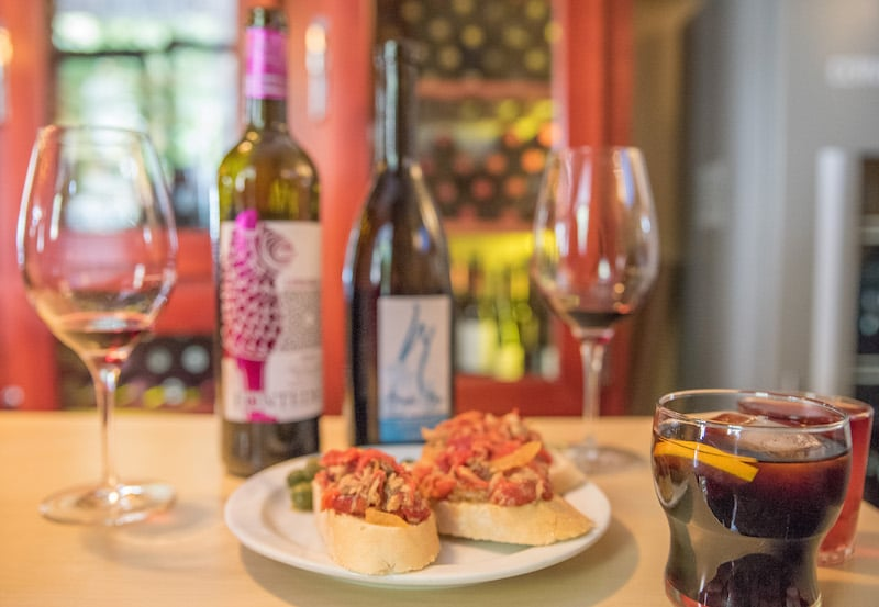 Explore the Granada Wine Tasting Scene
