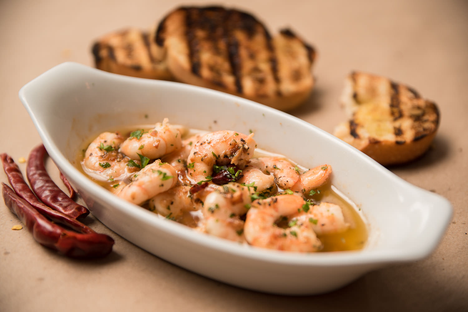 Gambas al ajillo - Shrimp in garlic