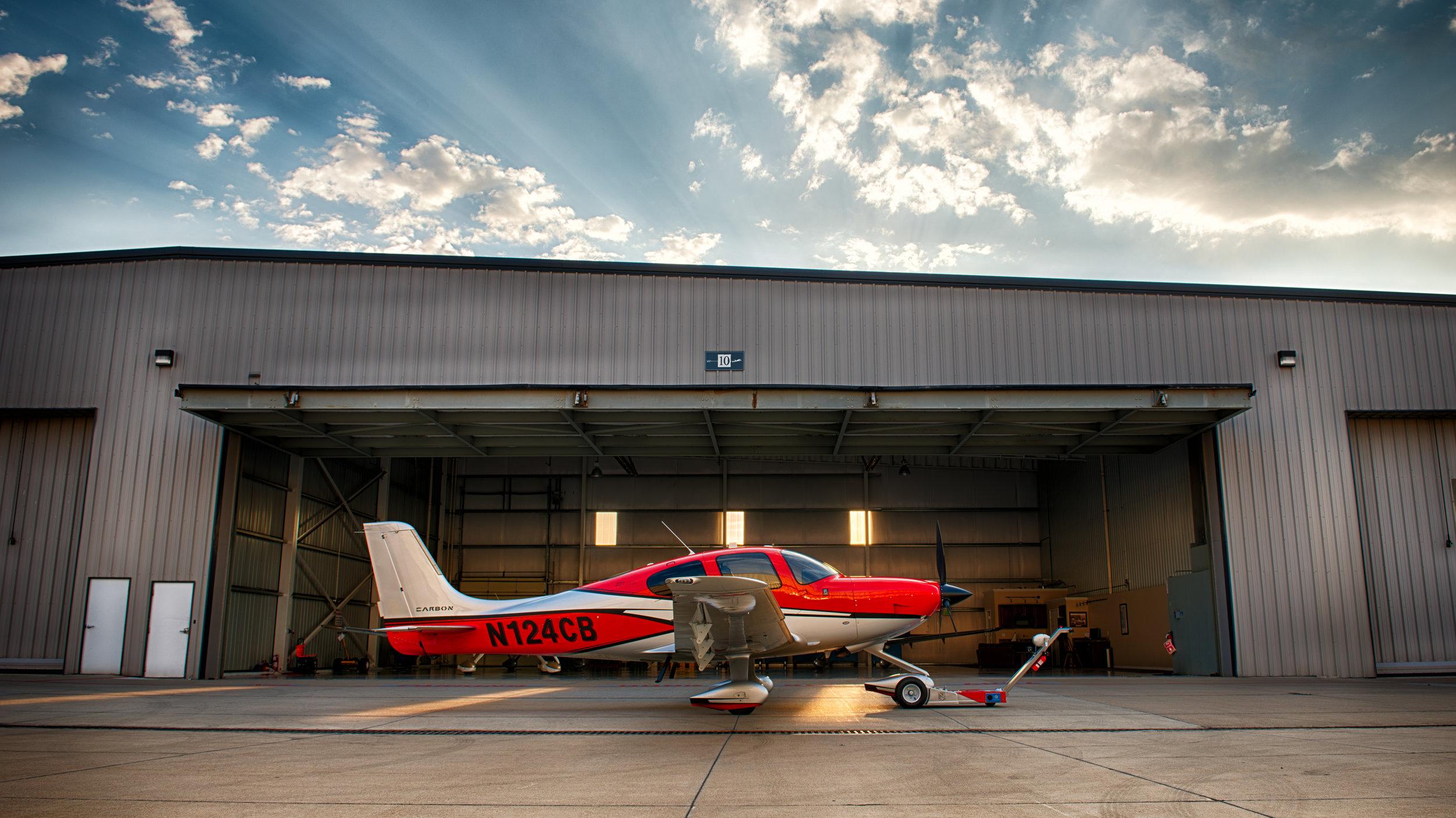 Hangar HDR.jpg