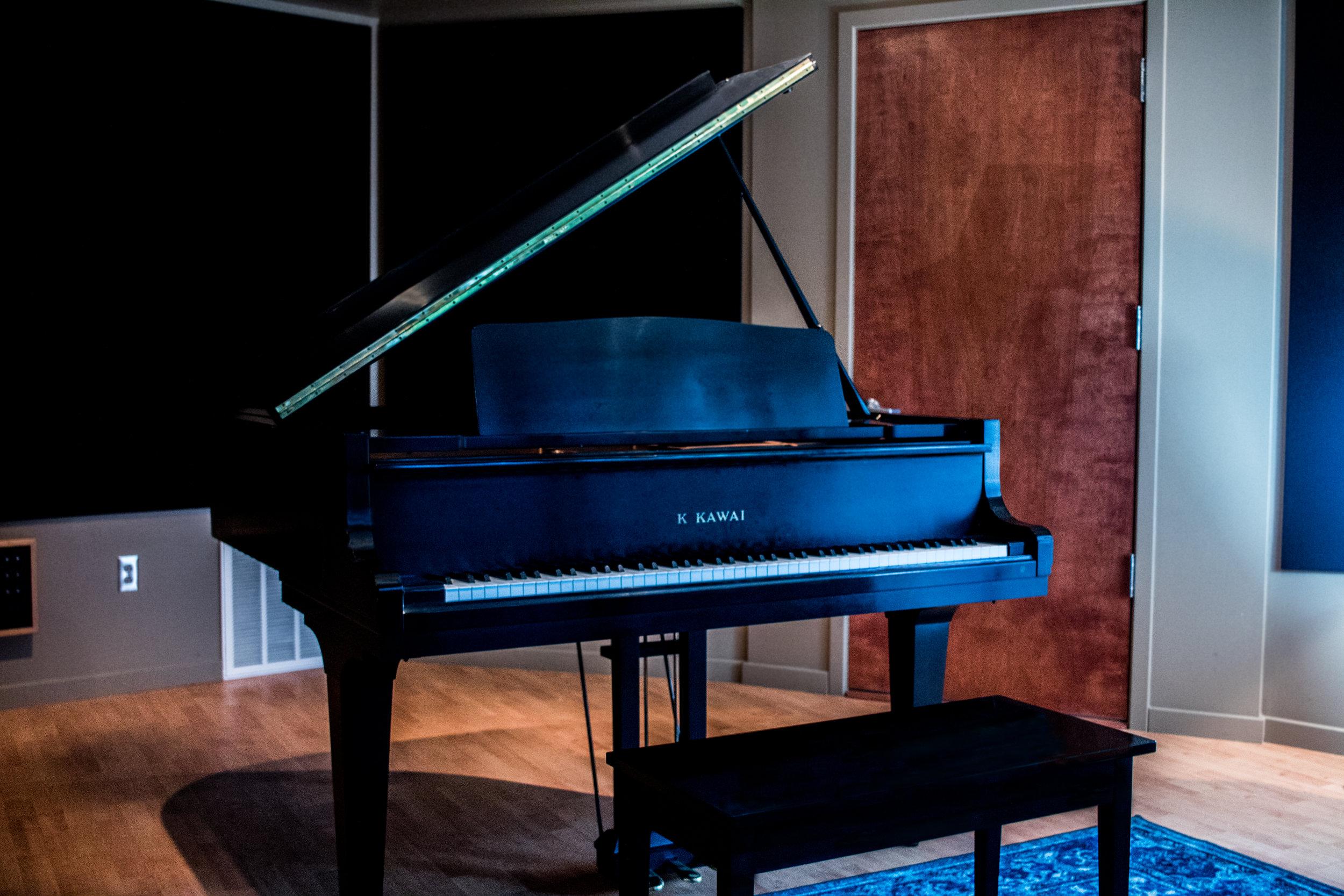 Piano Straight_edited.jpg