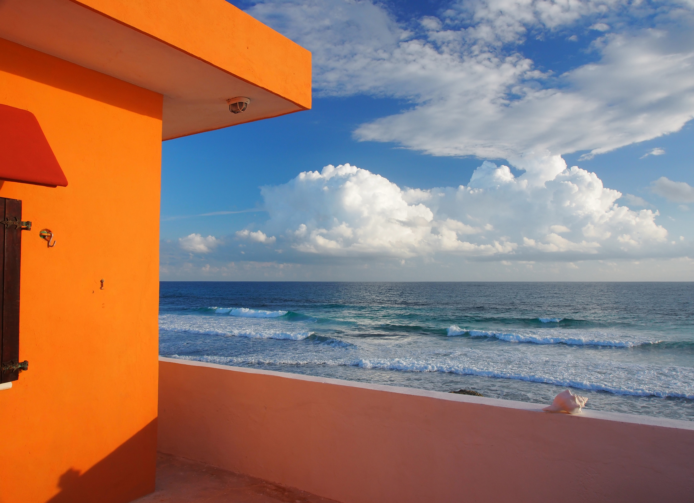 The colors of Isla Mujeres are absolutely intense everywhere you look!