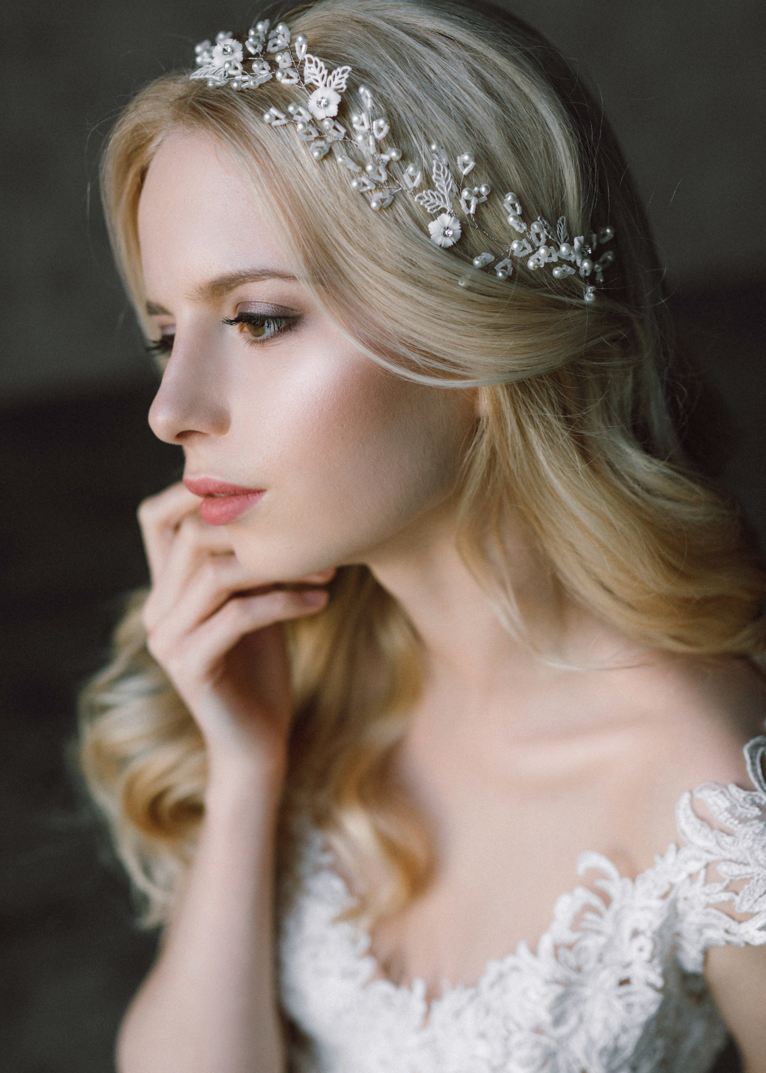 Find your perfect Bridal Hair Vine - Handmade in SwitzerlandUnique DesignPossibility to Rush OrdersFree Shipping WorldwideCustomisable OrdersFast response on your questions