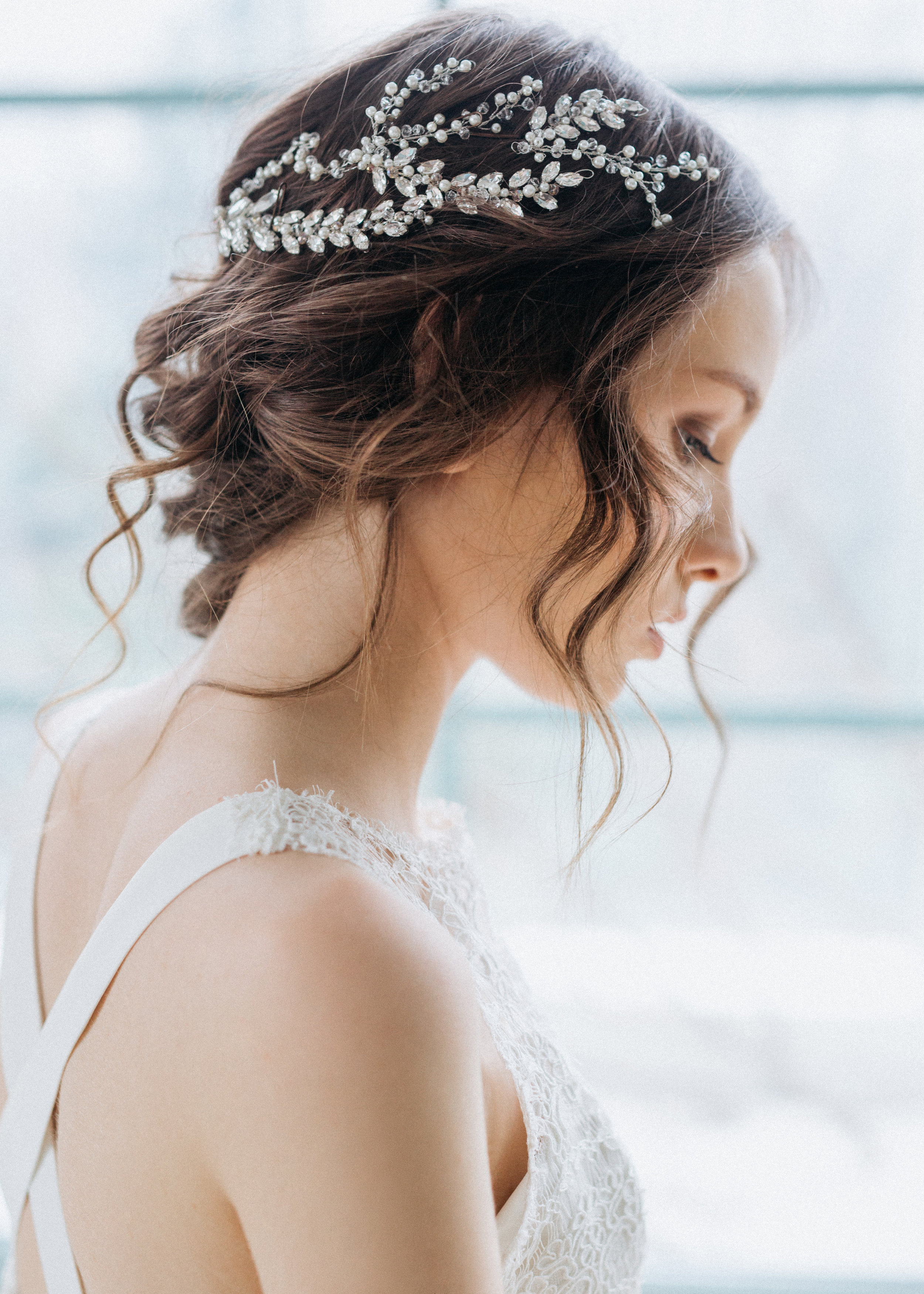 Find your perfect Crystal Headpiece - Handmade in SwitzerlandUnique DesignPossibility to Rush OrdersFree Shipping WorldwideCustomisable OrdersFast response on your questions