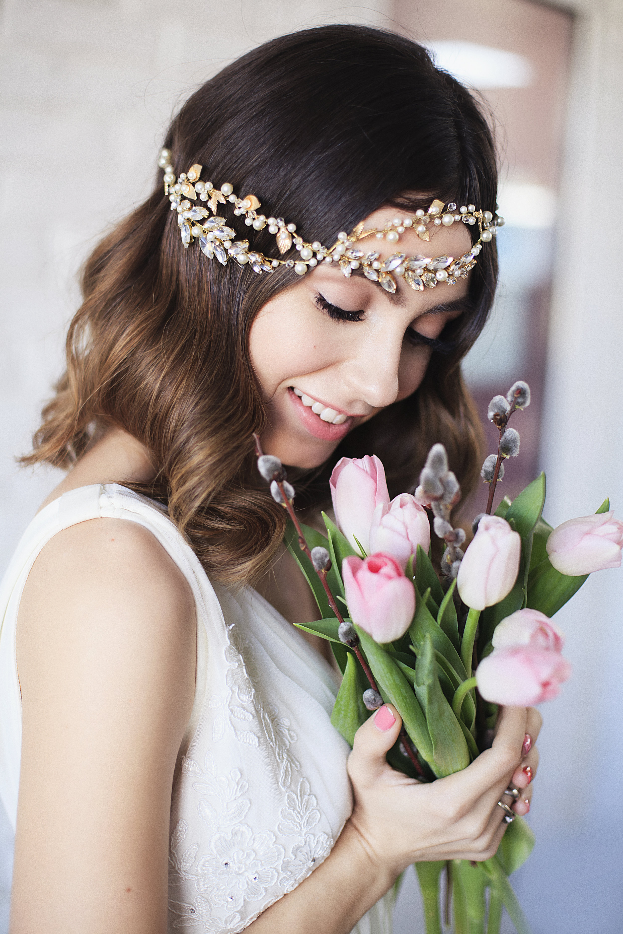 Find your perfect Bridal Vintage Headband - Handmade in SwitzerlandUnique DesignPossibility to Rush OrdersFree Shipping WorldwideCustomisable OrdersFast response on your questions