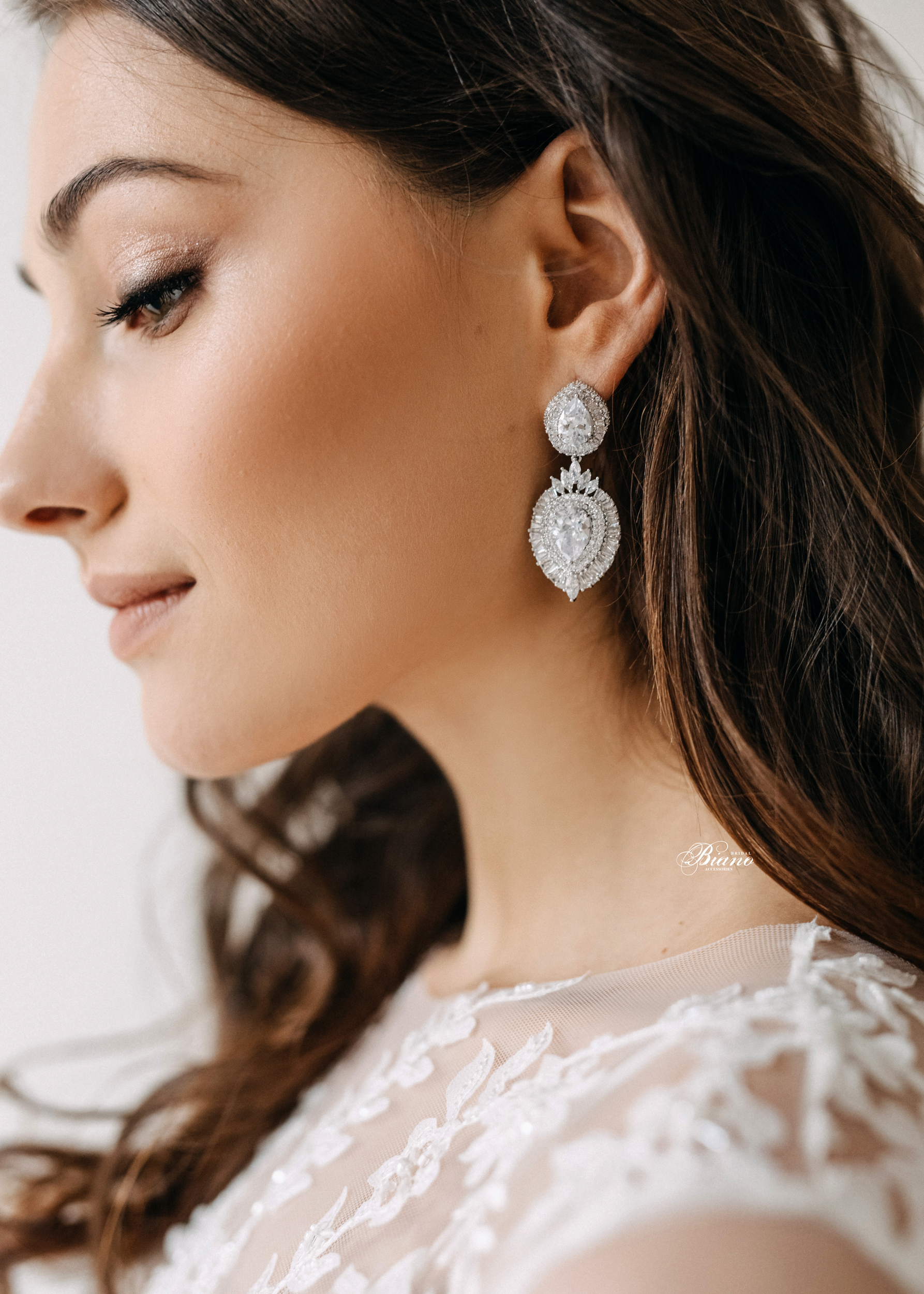 Find your perfect Wedding Drop Earrings - Handmade in SwitzerlandUnique DesignPossibility to Rush OrdersFree Shipping WorldwideCustomisable OrdersFast response on your questions