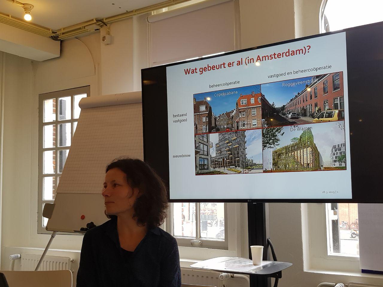 """Het nu al beroemde kwadrant van de """"vormen van wooncoöperaties"""" in Nederland. De Warren is de enige die en zelf ontwikkeld, beheert en eigenaar is van een nieuwbouw pand"""
