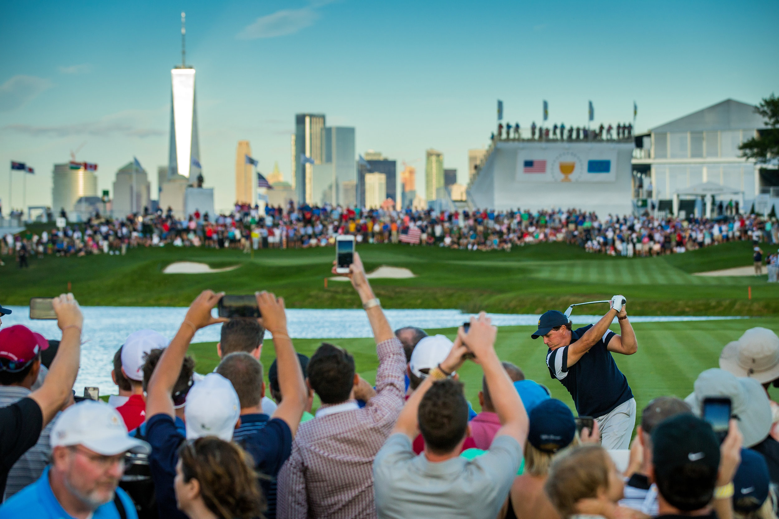Phil Mickelson, 2017 Presidents Cup Matches.Liberty National Golf Club, Jersey City, New Jersey. Canon 1DX, EF 70-200mm f2.8L