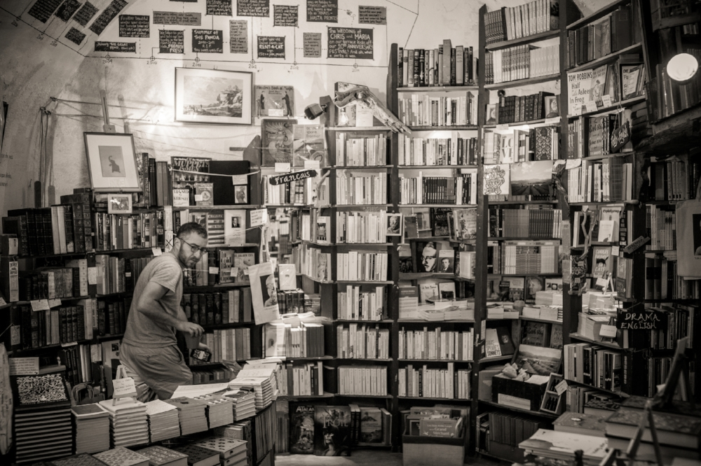 Atlantis Books, Oia, Santorini.  Sony A9, Leica 35mm f1.4 Summilux