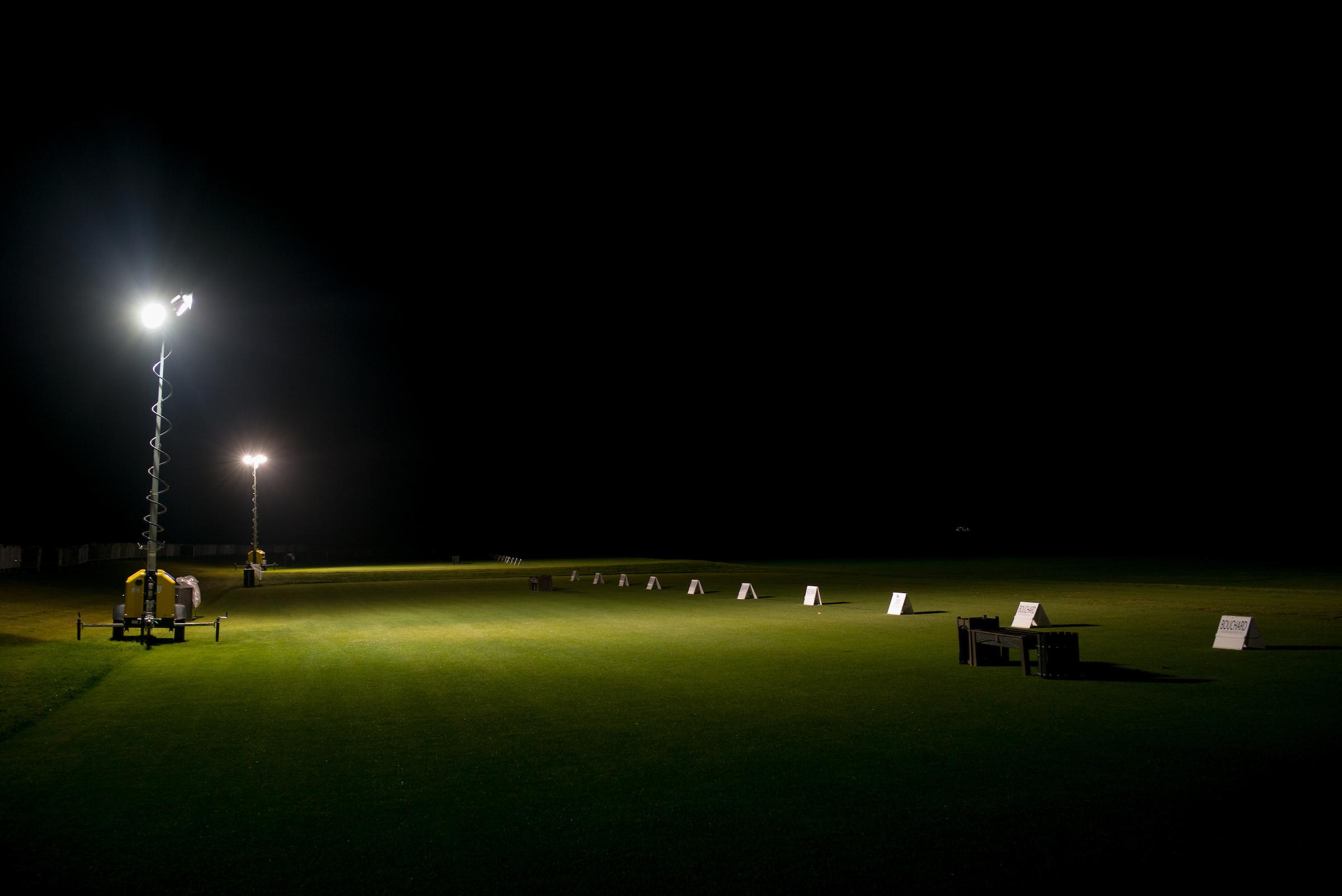 Driving range, 2015 Valero Texas Open. .  JW Marriott Hill Country Resort, San Antonio, Texas. Canon 1DX, Canon EF 24-70mm f2.8L