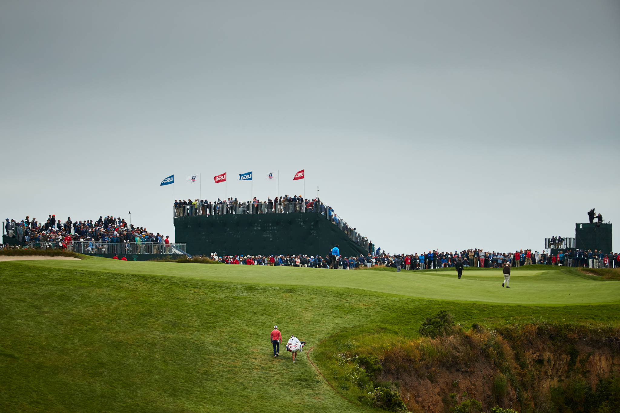 Gary Woodland at the 6th during Sunday's final round.  Canon 1DXM2, EF 200-400mm f4 L.