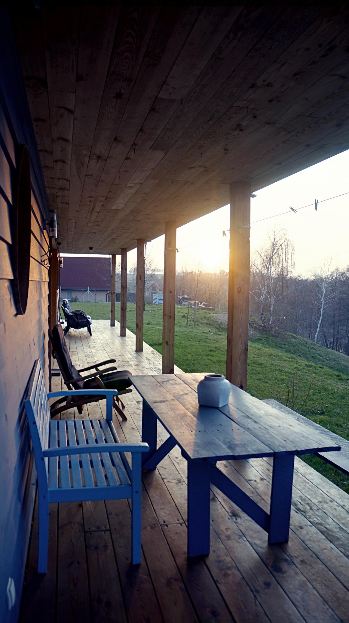 sunset.blue-lakehouse.JPG