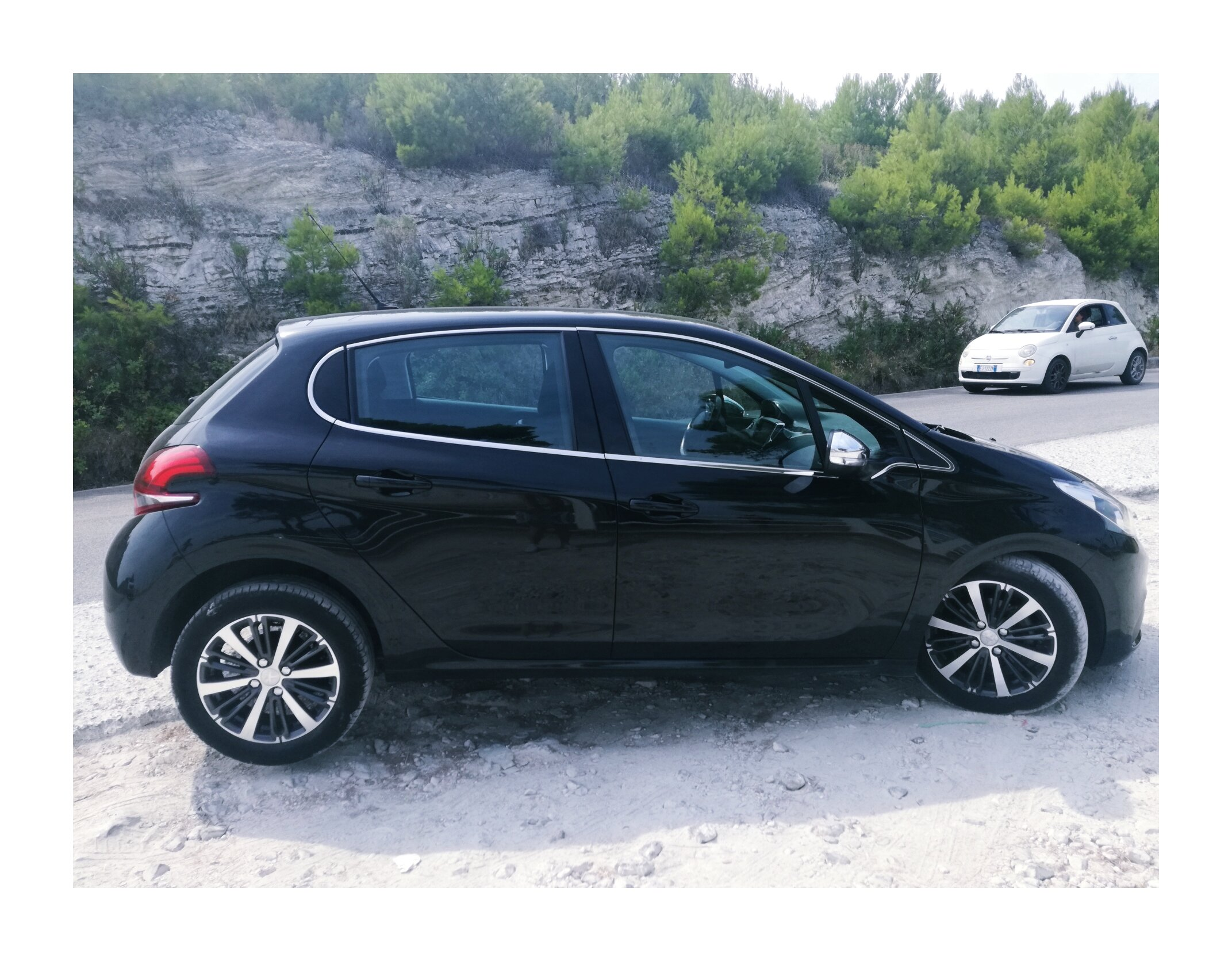 - I booked the car through Rentalcars.com, which is an intermediary company, and ultimately my direct rental company was SicilyByCars. What does such situation mean? It means that if an accident or damage occurs, I would first have to pay the direct rental company's account first (here SicilyByCars) and only then apply for a refund from the agent (Rentalcars.com). Risky? A bit yes, but the rental price was very tempting. I also bought additional insurance at Generali, which guaranteed financial assistance in the event of a collision.