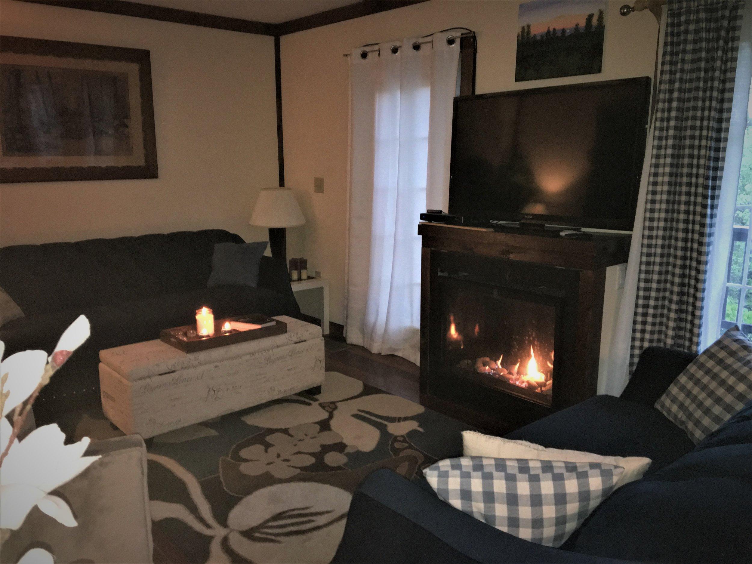 Lingerhere fireplace2019.jpg