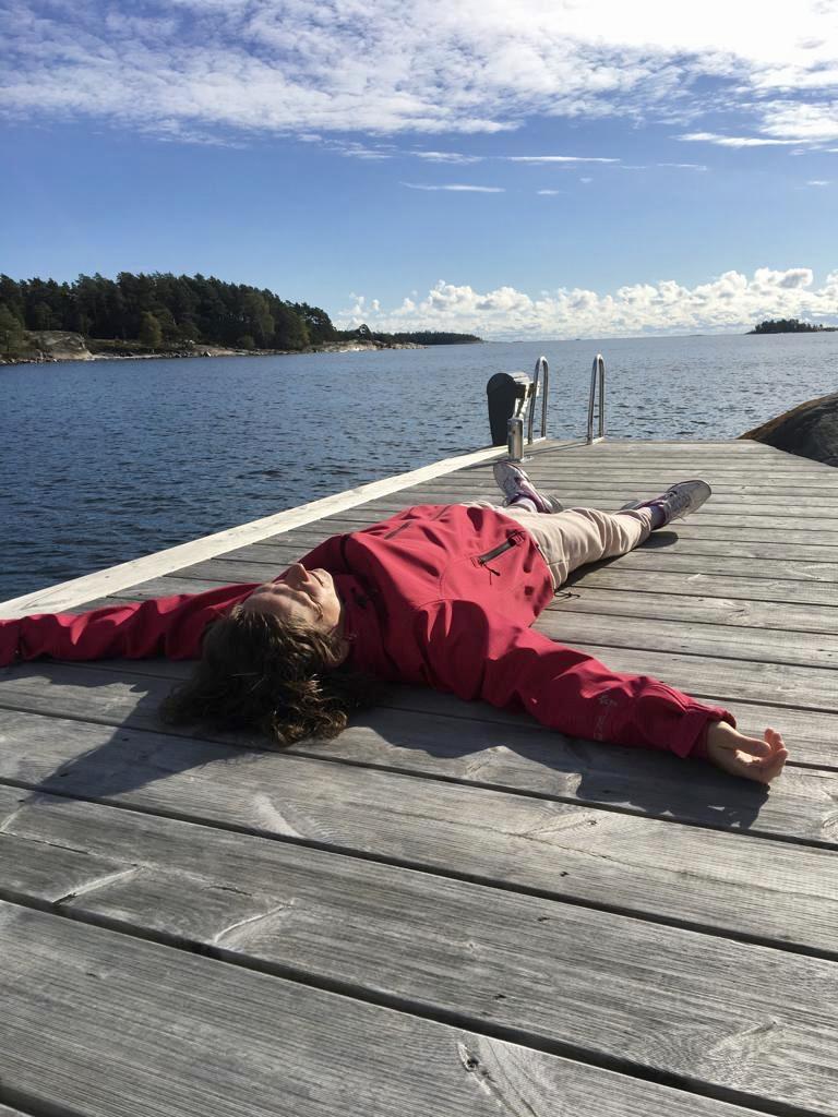 En tupplur på bryggan kan komma väl till pass trots att jag sover bra om nätterna nuförtiden :)