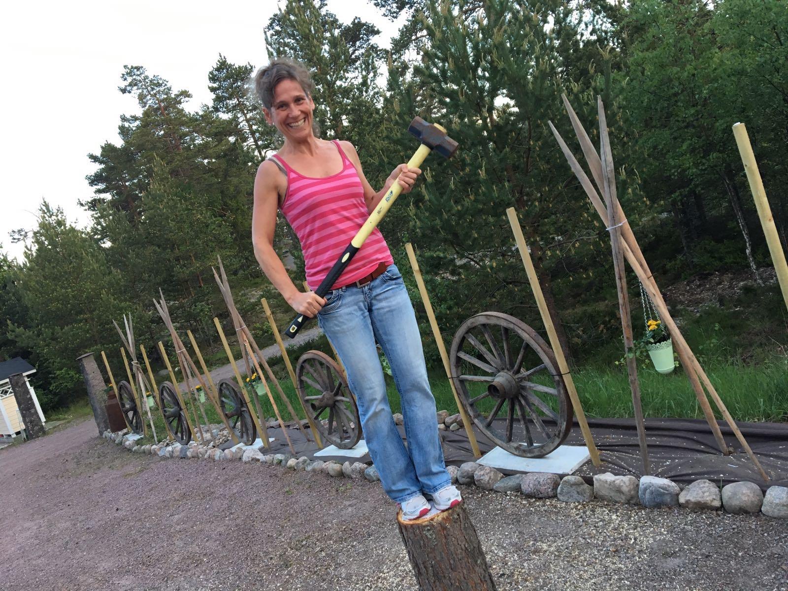 Lite fixande till och mitt egendesignade staket är klart!