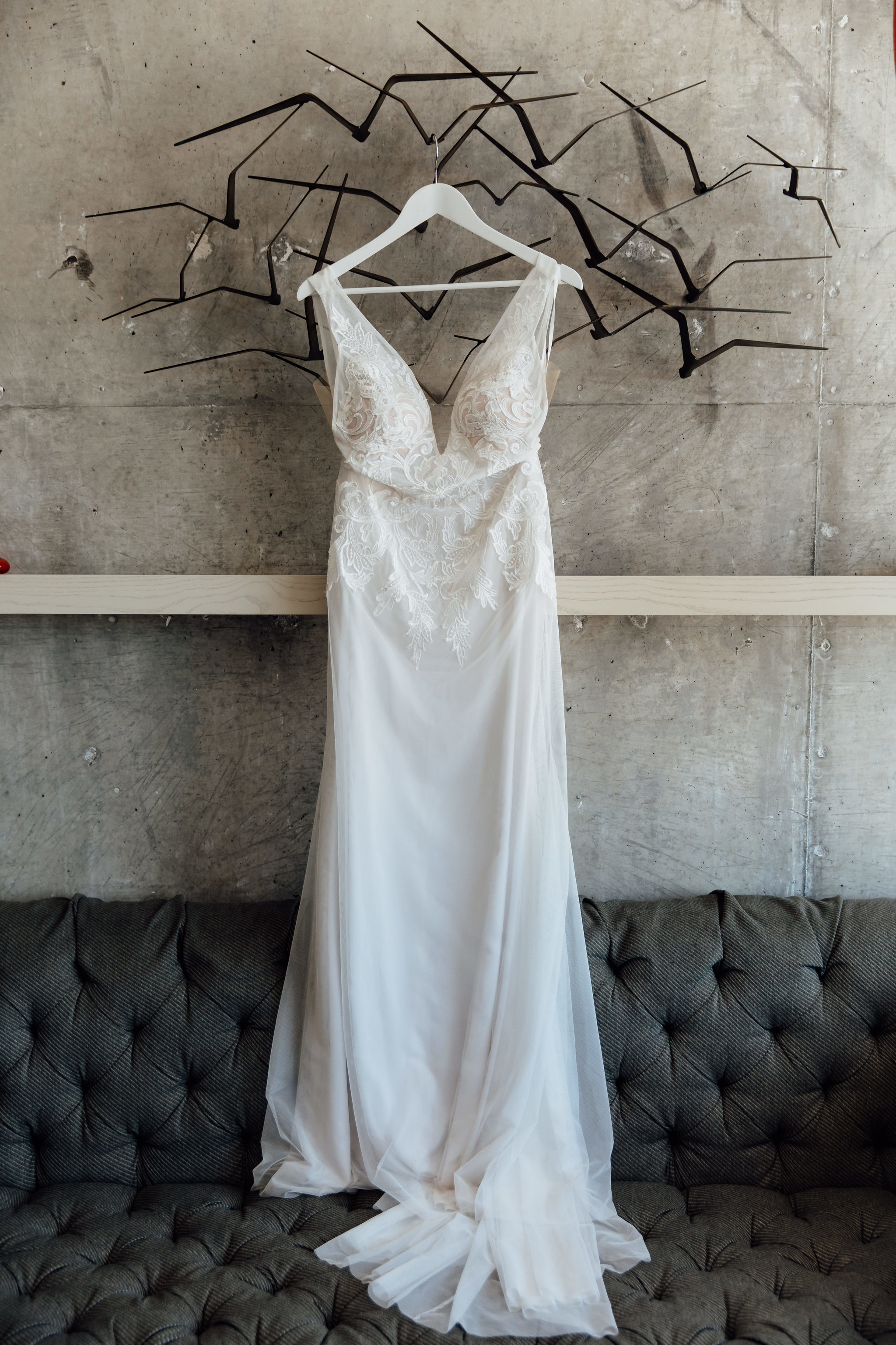 carondelet-los-angeles-wedding-marble-rye-photography-firstlook-details-002.jpg
