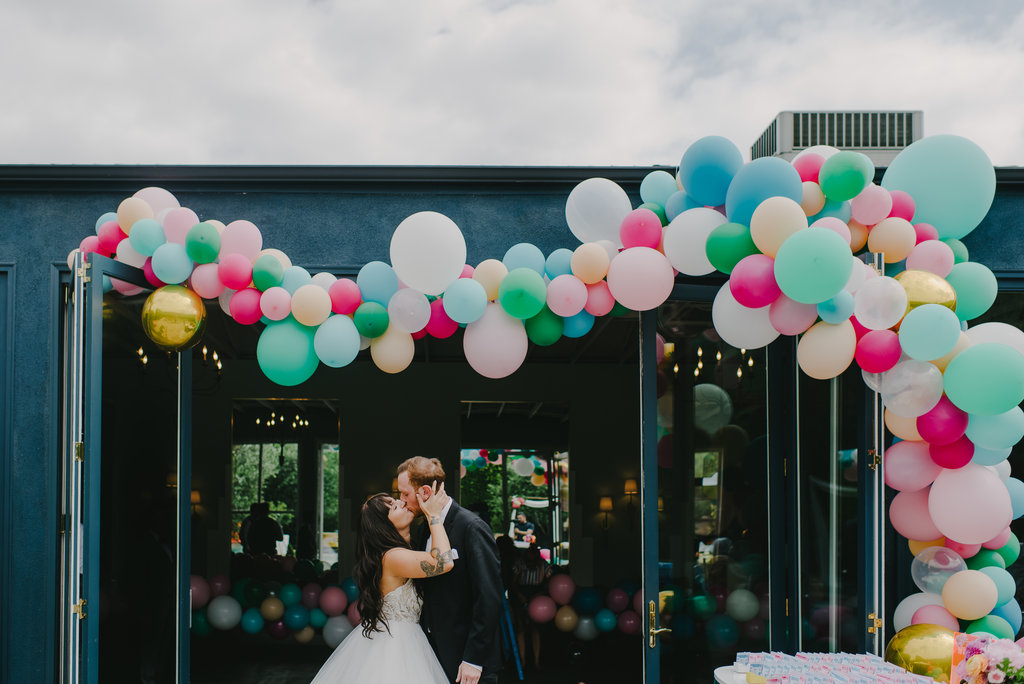FIG HOUSE WEDDING, BALLOON INSTALLATION