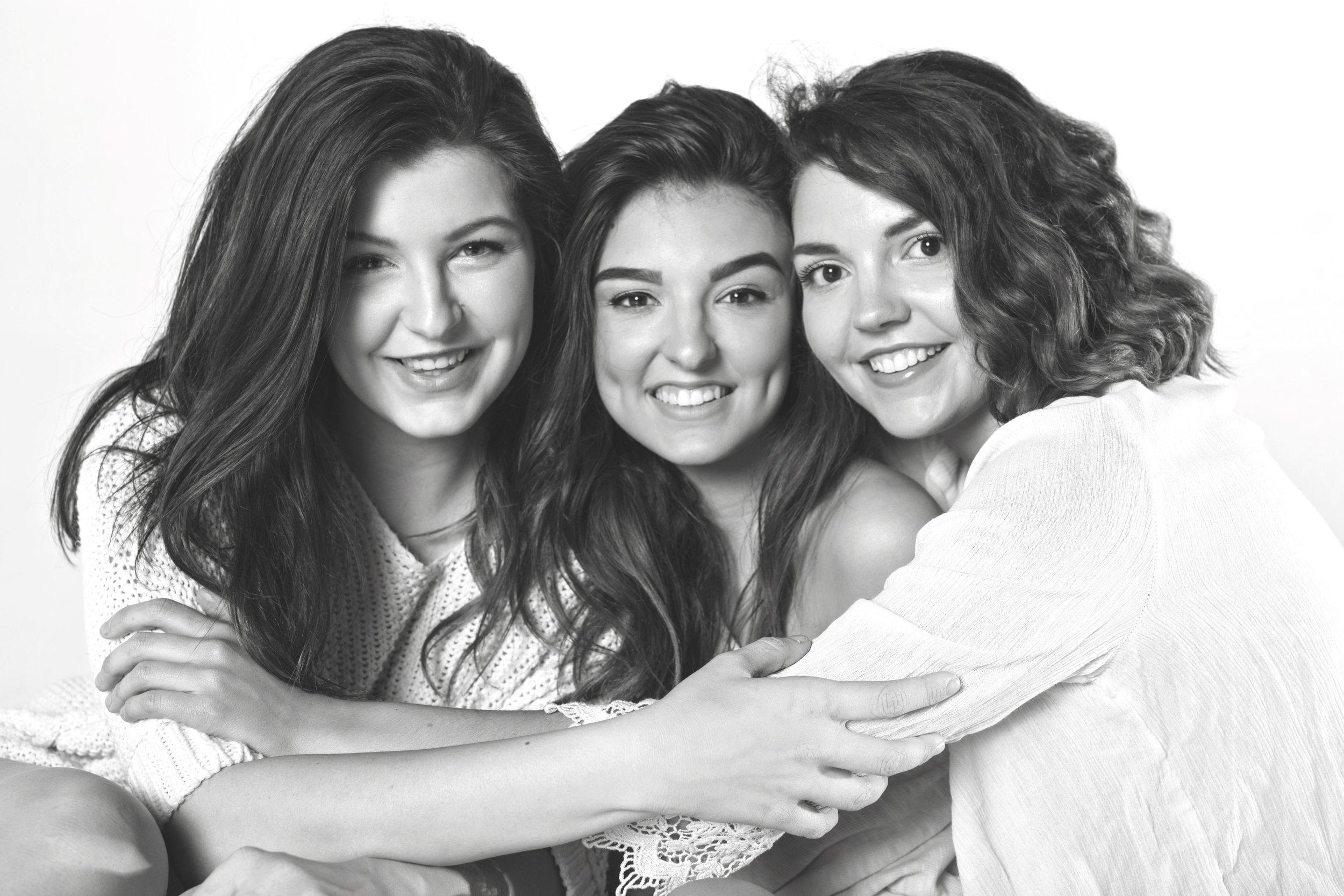 Kincade sisters