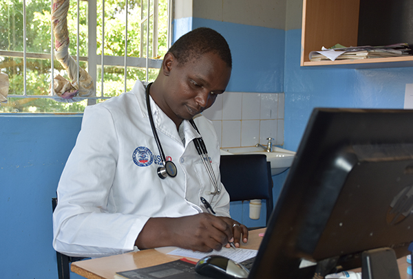 Clinical officer Douglas Momanyi completed the Advanced Practitioner Clinical Officer course and manages patients with chronic diseases including HIV, diabetes, hypertension, cardiac disease and mental illness.