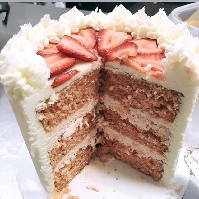 Enjoy a delicious slice of strawberry cake by the slice made by @sassafrascakery with your coffee today! Check our story for other treats available.  #arkansasbaker #ouachitacoffeeroasters #ouachitamountains #ouachitacoffee #realcoffee #menaarkansas #bestcoffeeindowntown #meetmeinmena #downtownmena #menadowntown