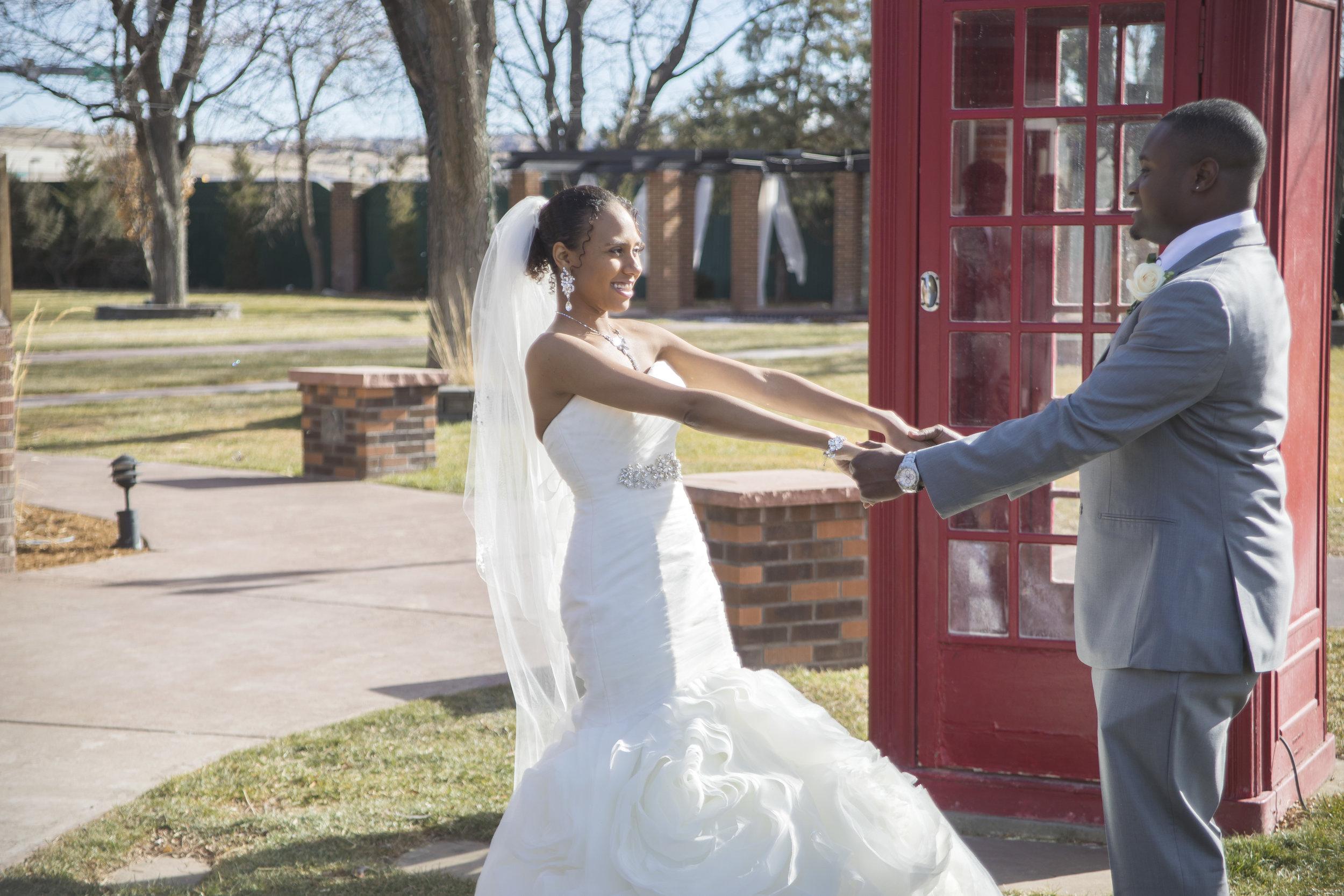 Amanda and Ryan's Winter Wedding in January... 60 degrees!