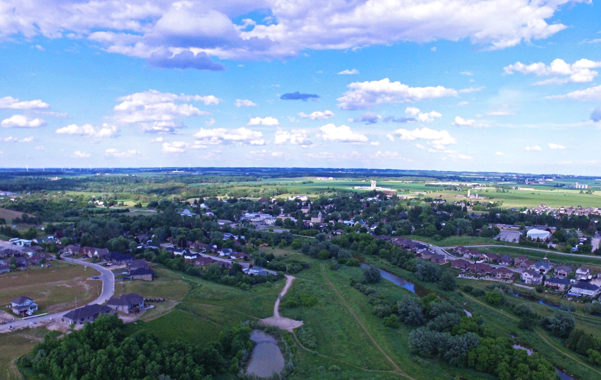 Drayton_Ridge_Aerial.png
