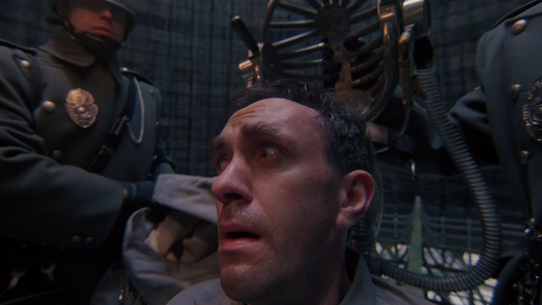 #19) Brazil - (1985 - dir. Terry Gilliam)