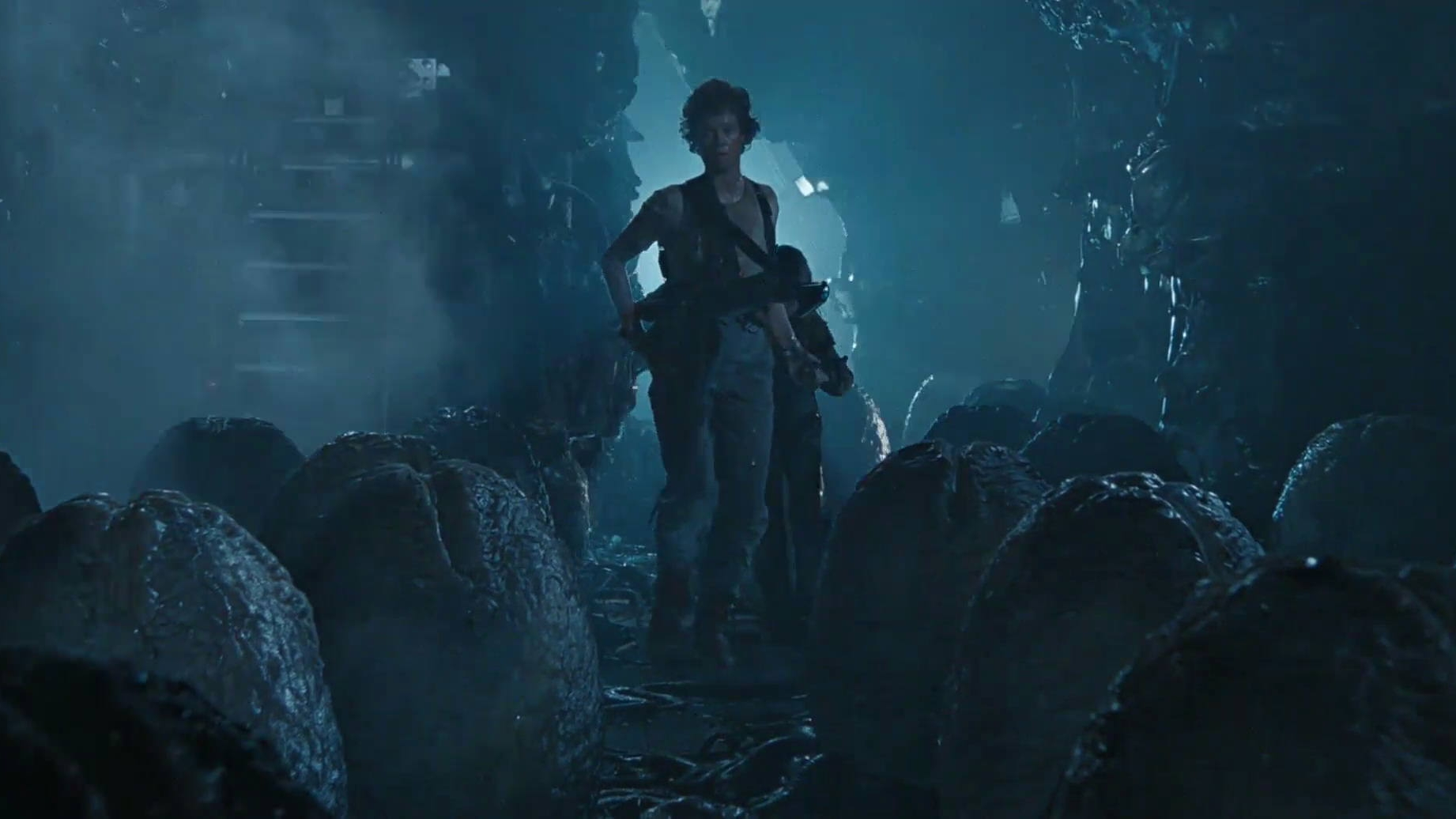 #27) Aliens (-4) - (1986 - James Cameron)