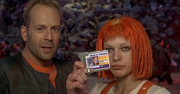 #25) The Fifth Element (+7) - (1997 - dir. Luc Besson)