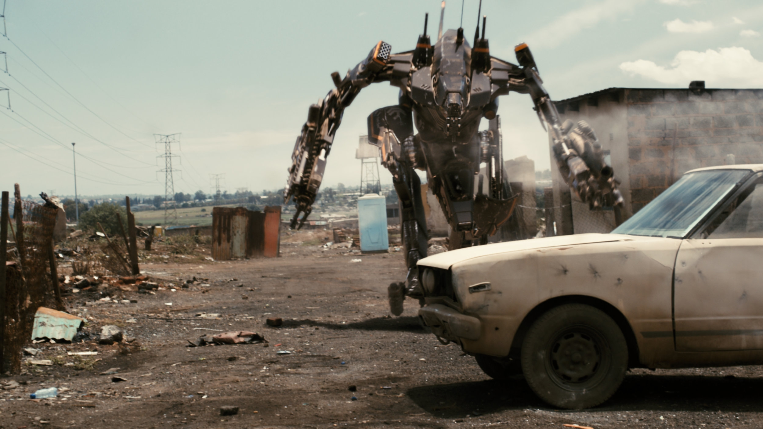 #37) District 9 - (2009 - dir. Neil Blomkamp)
