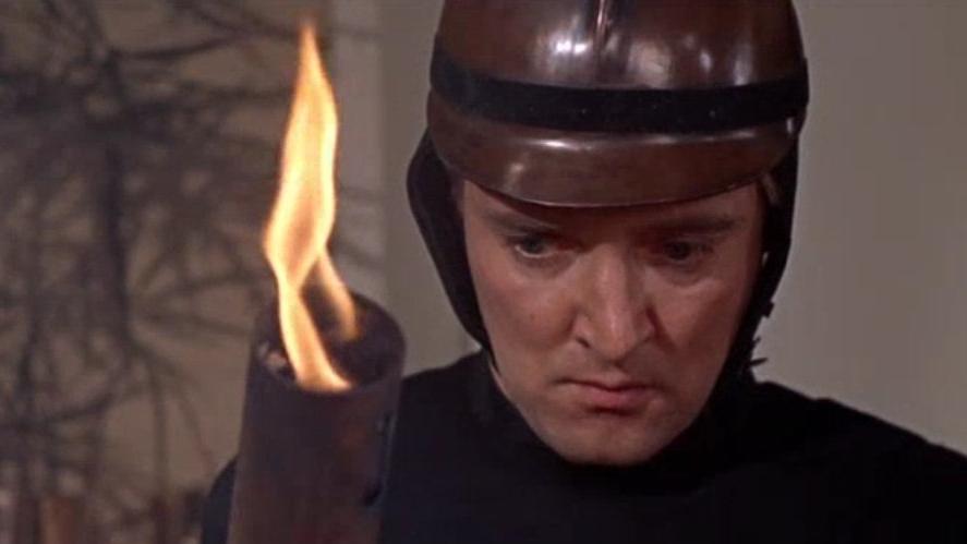 #94) Fahrenheit 451 - (1966 - dir.François Truffaut)