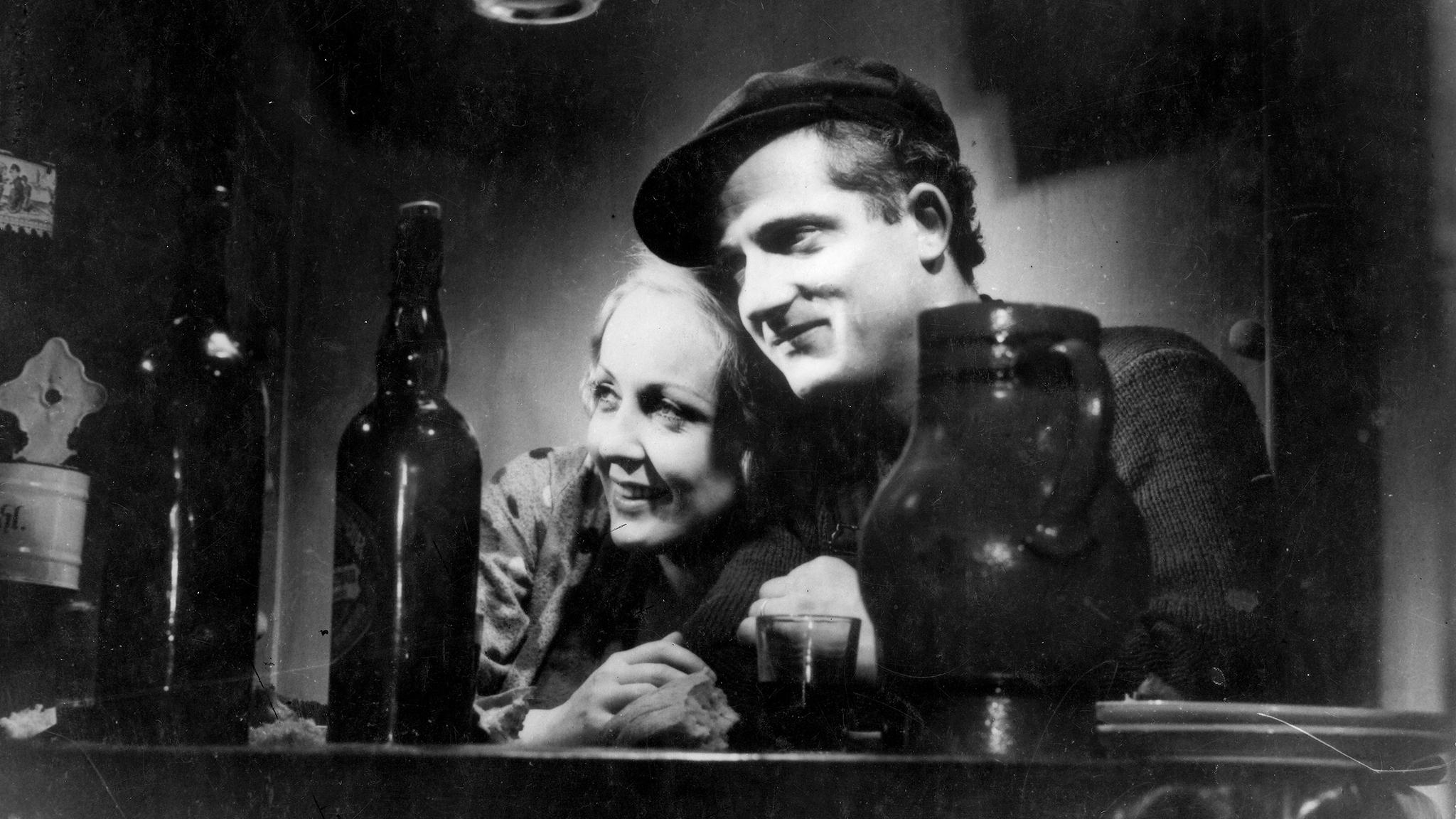 #9) L'Atalante - (dir. 1936 - dir. Jean Vigo)