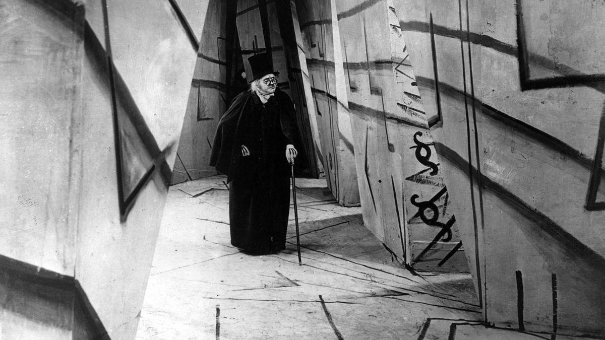 #10)The Cabinet of Dr. Caligari - (1920 - dir. Robert Wiene)