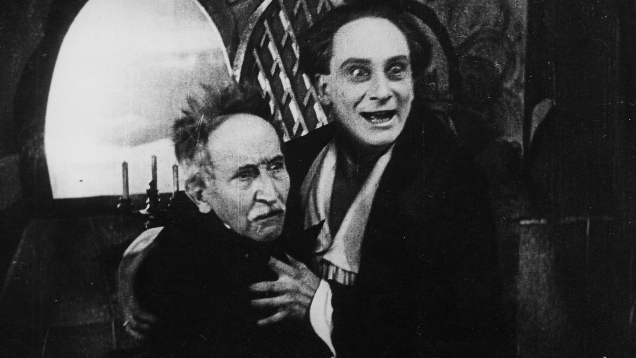 #63) The Fall of the House of Usher - (1928 - dir.James Sibley Watson, Melville Webber)