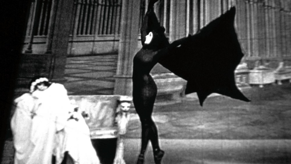 #67) Les vampires - (1915 - dir. Louis Feuillade)
