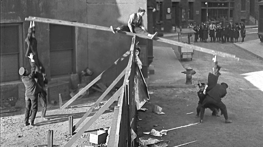 #78) Cops - (1922 - dir. Edward F. Cline, Buster Keaton)