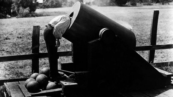 #2) The General - (1926 - dir. Buster Keaton & Clyde Bruckman)