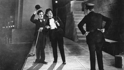 #4) City Lights - (1931 - dir. Charlie Chaplin