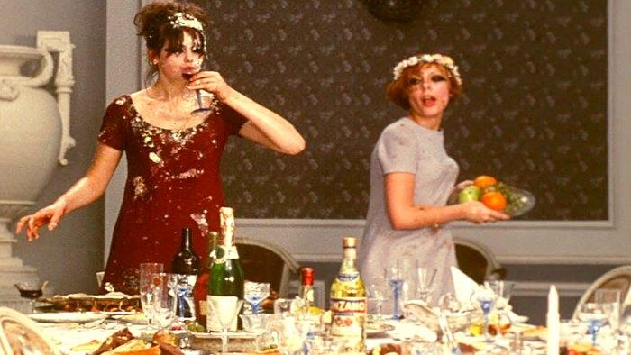 #92) Daisies - (1966 - dir. Vera Chytilova)