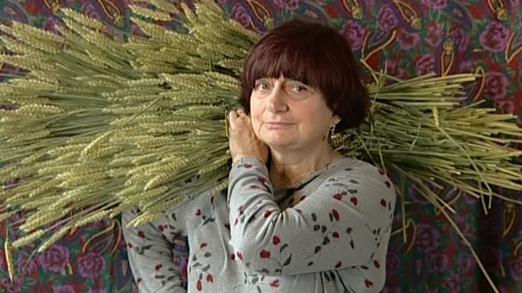 #11) The Gleaners & I - (2000 - dir. Agnes Varda)