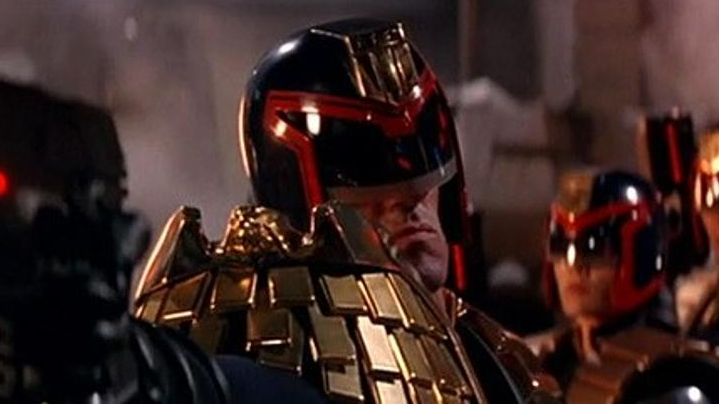 #99) Judge Dredd - (1995 - dir. Danny Cannon)