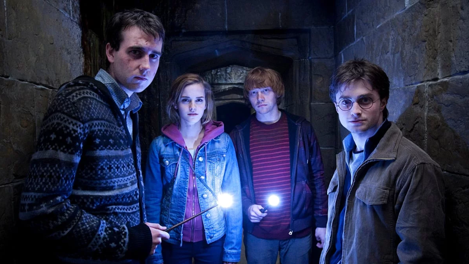 #41) Harry Potter and the Deathly Hallows - Part 2 - (2011 - dir.David Yates)