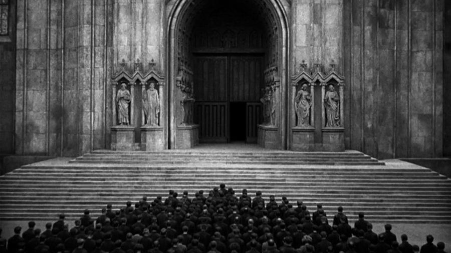 #2) Metropolis - (1927 - dir. Fritz Lang)