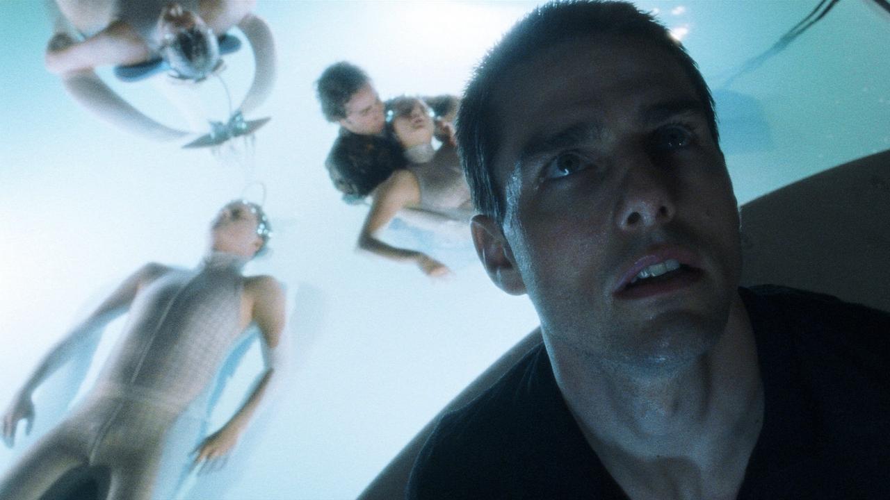 #7) Minority Report - (2002 - dir. Steven Spielberg)