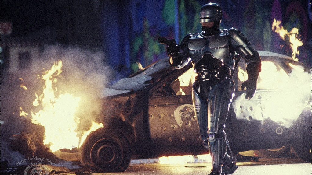 #86) RoboCop 2 - (1900 - dir. Irvin Kershner)
