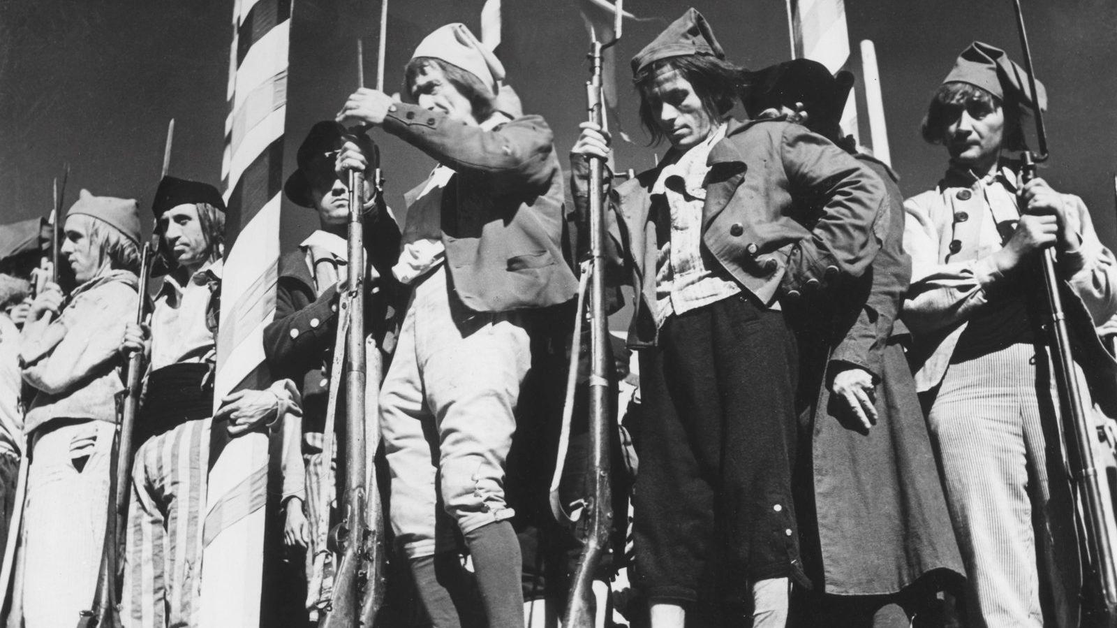 #3) La Marseillaise - (1938 - dir. Jean Renoir)